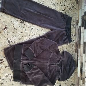 OLD NAVY SWEAT PANTS SUIT GIRLS SIZE 4-5